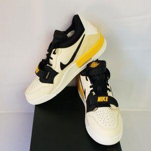 Air Jordan Legacy 312 low Sneakers Sz 13 Mens